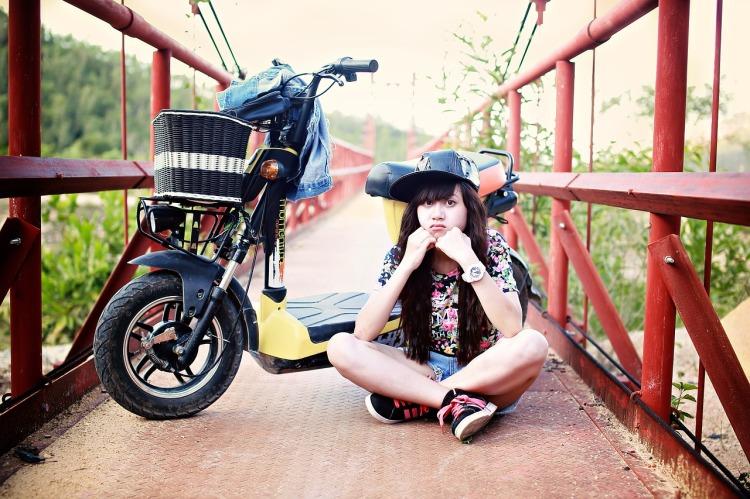 girl-1716819_1280